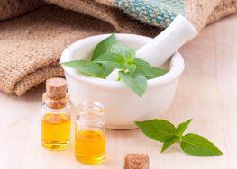 Come usare olio extravergine per viso, pelle, unghie e capelli