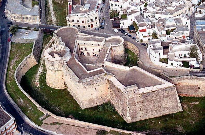 Vista del Castello Aragonese di Otranto